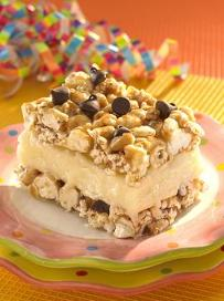 popcorn-ice-cream-chipwiches